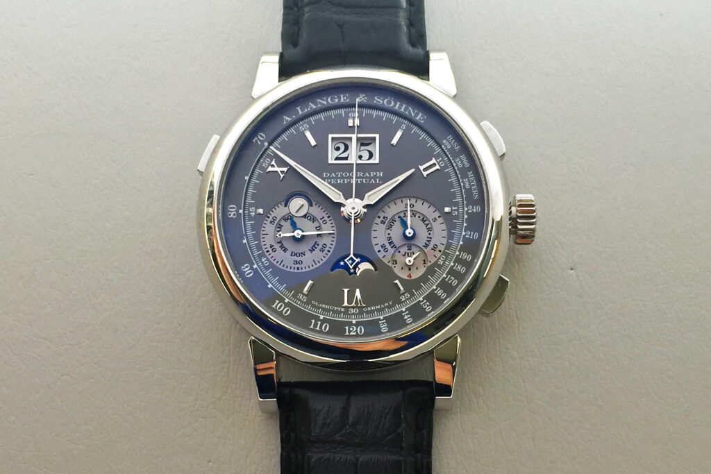 a lange söhne datograph perpetual white gold grey dial roman numerals 410.030