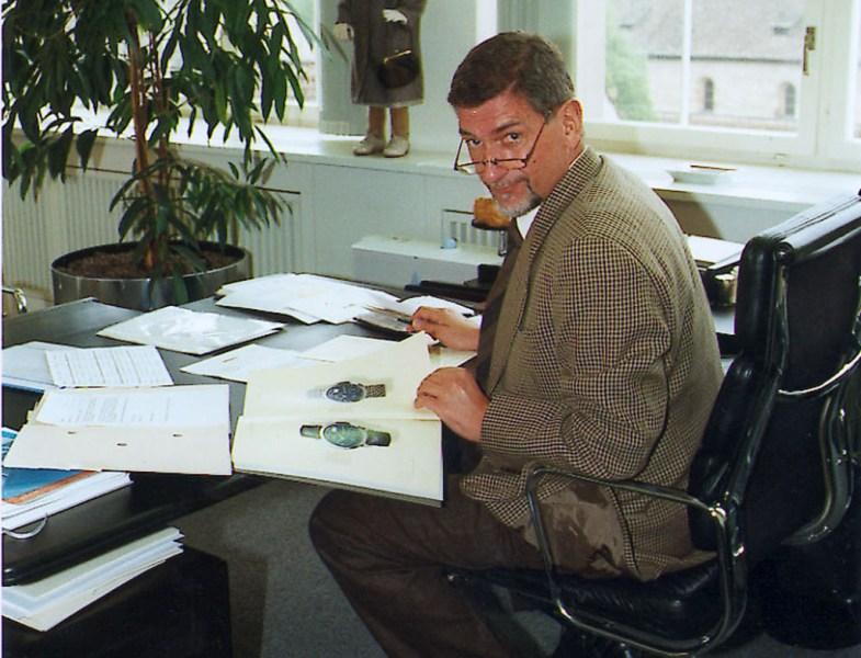 günter blümlein at a lange söhne schaffhausen office